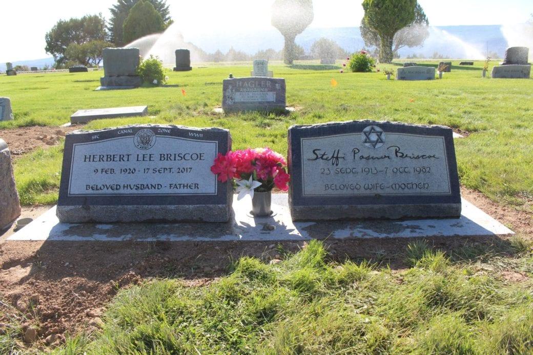 Briscoe Double Slant Memorial