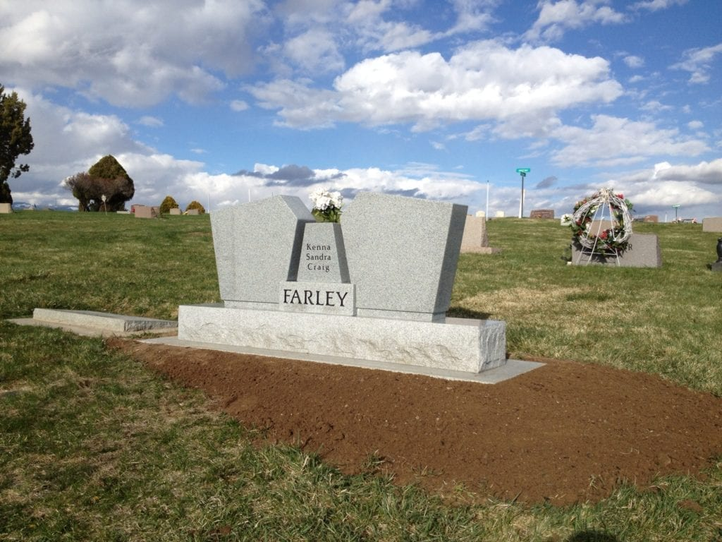 Farley Wing Style Monument