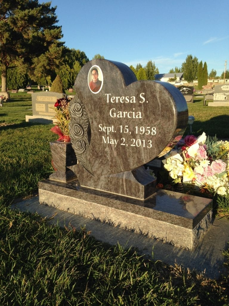 Garcia Heart Shaped Upright Tablet Monument