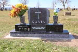 Kania Wing Style Monument