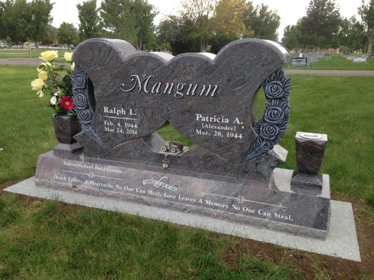 Mangum Double Heart Companion Memorial