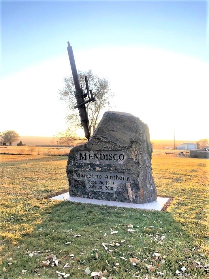 Mendisco Custom Memorial